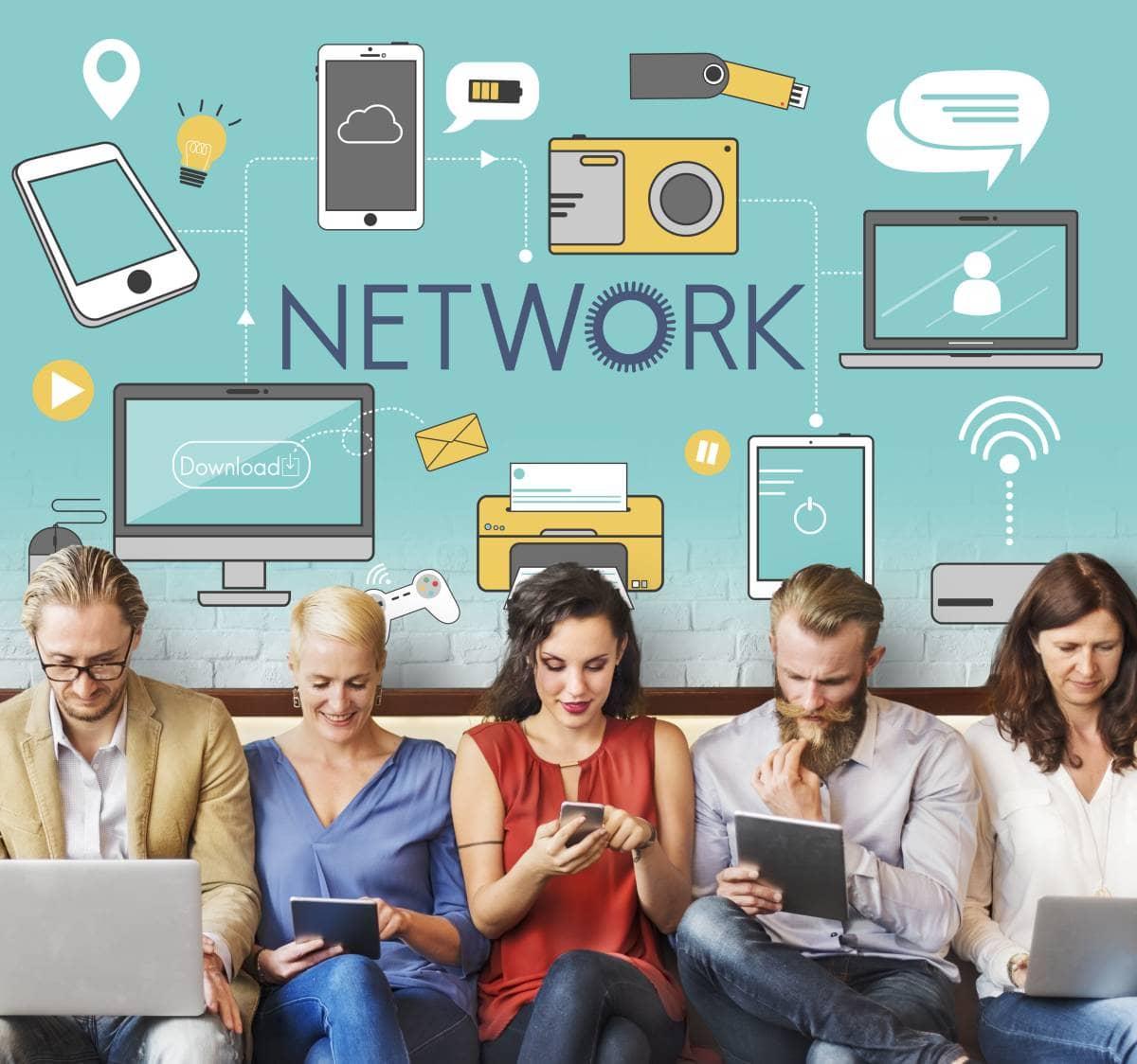 Jak utworzyć dużą grupę na Facebooku i nią zarządzać? [Case study]