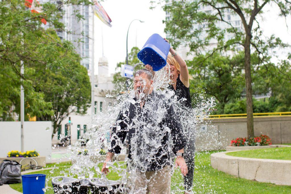 ALS ice bucket challenge UGC